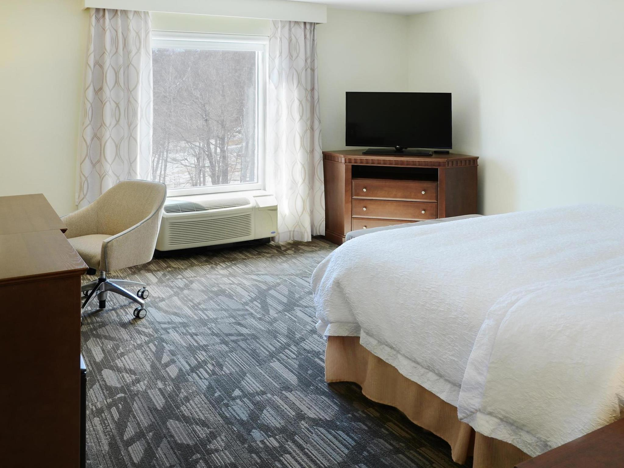 Hampton Inn and Suites Saint John New Brunswick, Saint John