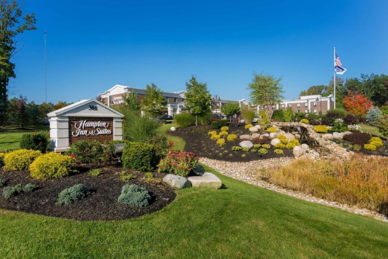 住宿 希爾頓歡朋套房酒店 - 法明頓 (Hampton Inn and Suites Farmington) 301 Colt Highway, 法明頓, 巴特山 (CT), 美國, 06032