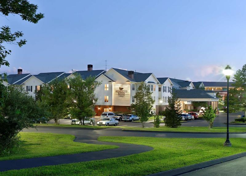 住宿 哈特福德法明頓希爾頓欣庭酒店 (Homewood Suites by Hilton Hartford Farmington) 2 Farm Glen Boulevard, 法明頓, 巴特山 (C..