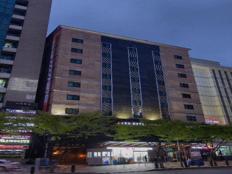レックス ホテル