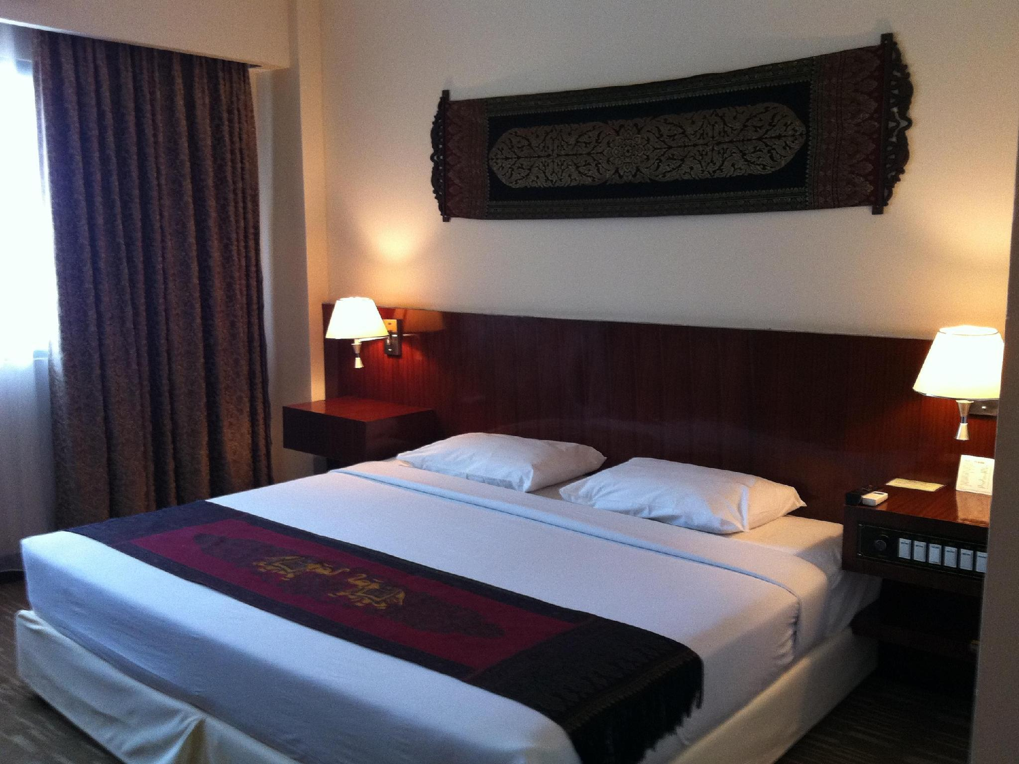 Hotel Riveria, Thakhek