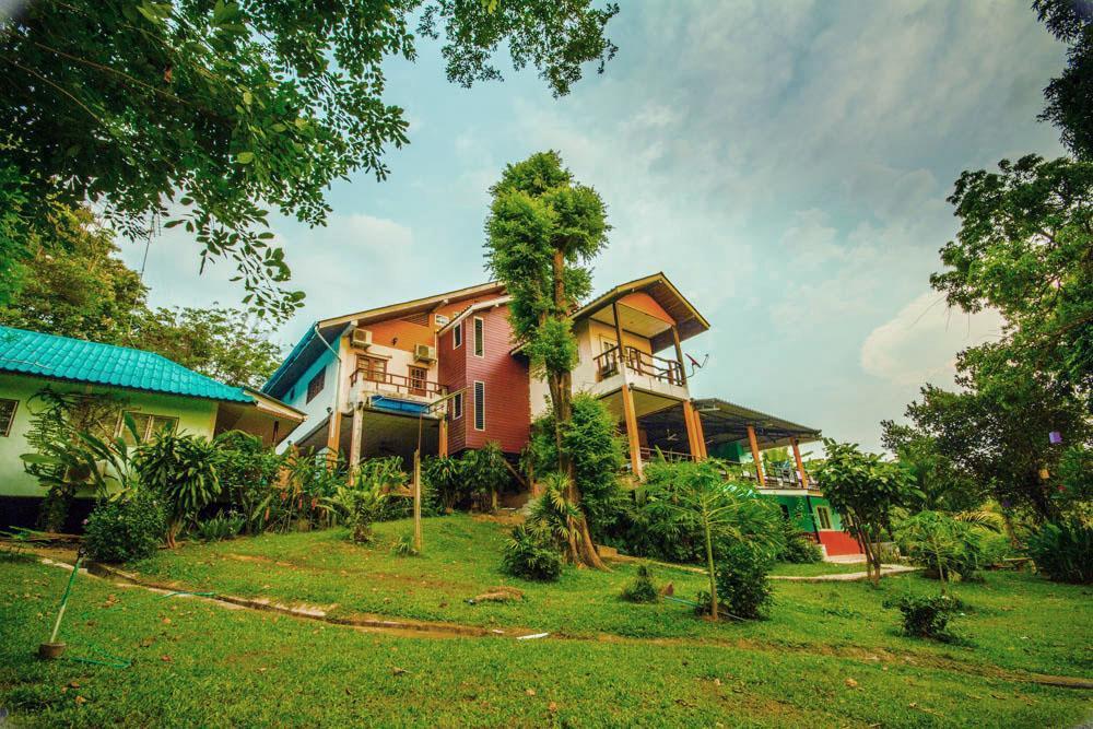 Happiness Resort, Sai Yok