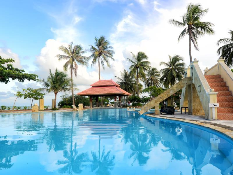 Parai Beach Resort & Spa Bangka