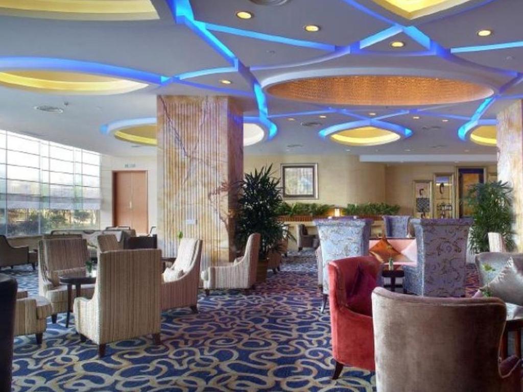 Best Price On Jinhai New Century Grand Hotel Ninghai In