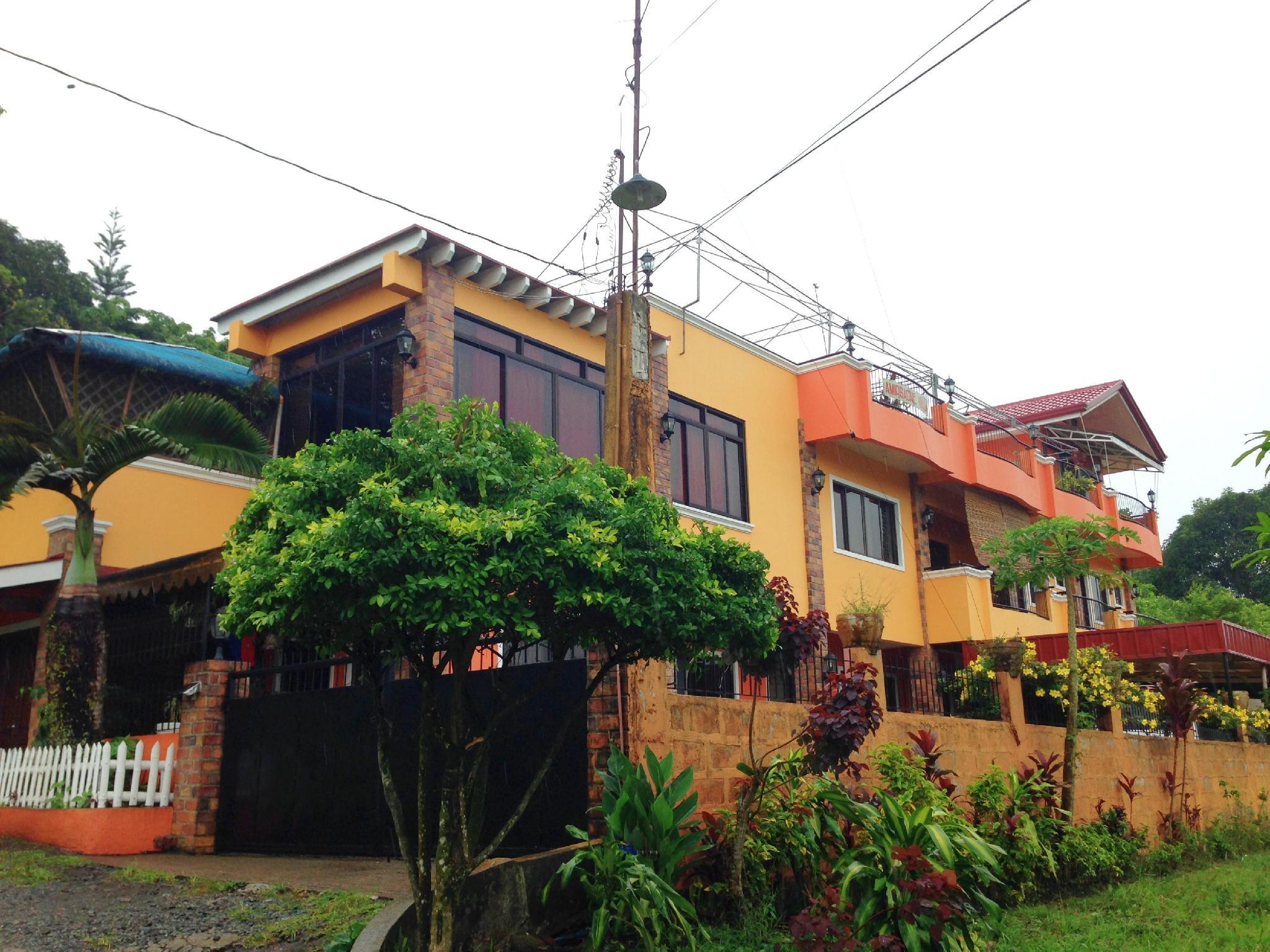 Amirsache Villa, Tagaytay City
