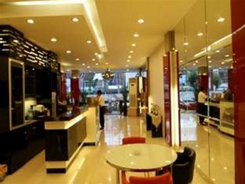 Hotel Pengayoman, Makassar