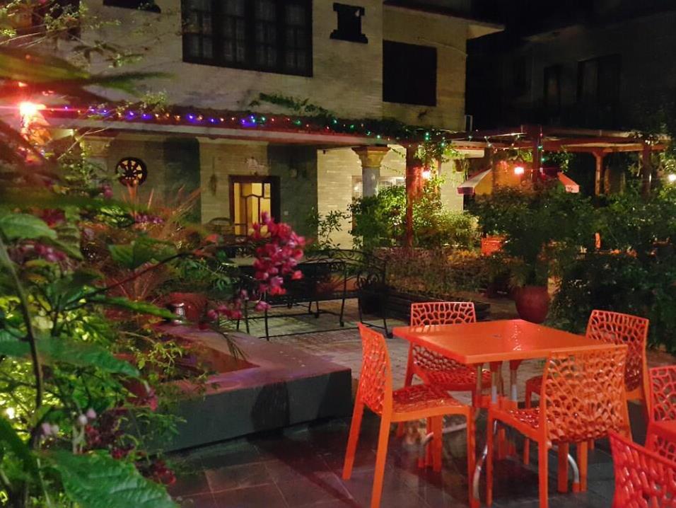 Hotel Middle Path & Spa, Gandaki
