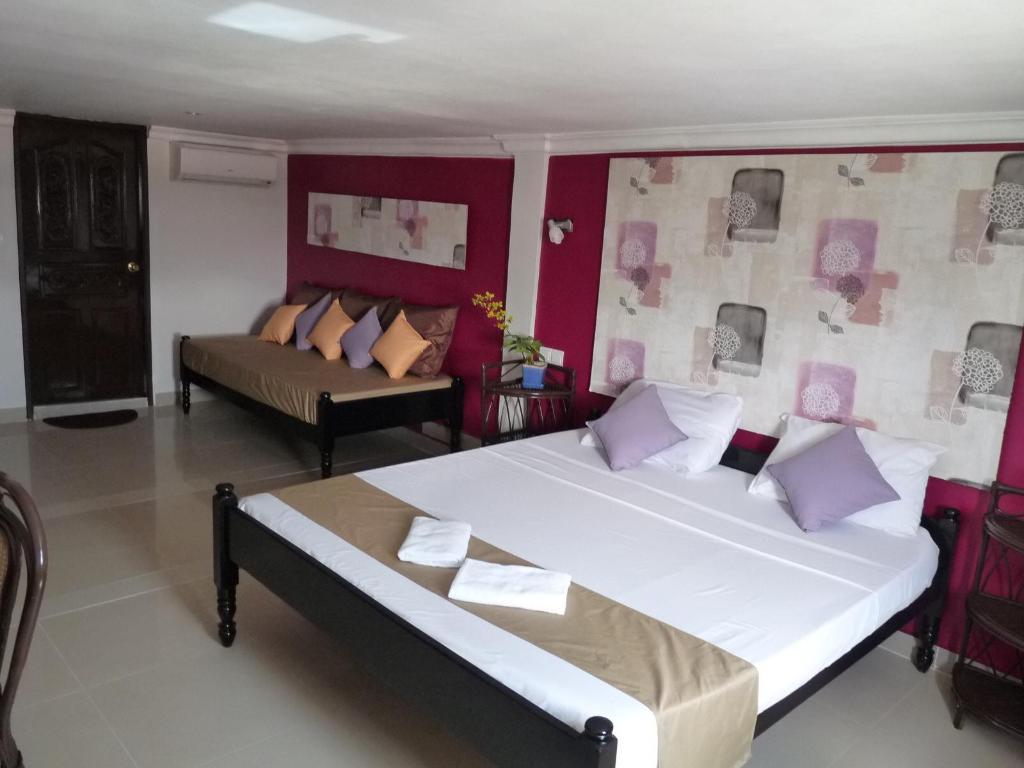 Guest Friendly Hotels in Phnom Penh - Angkor International Hotel
