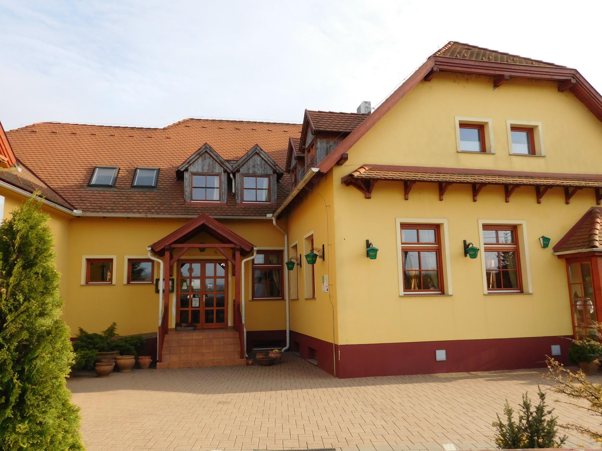 Berki Restaurant and Hotel, Körmend