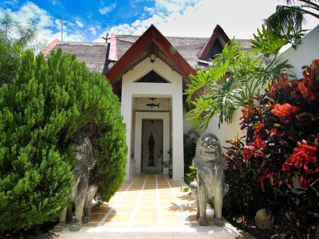 Best Price on Grand Villa Espada in Boracay Island + Reviews!