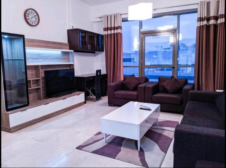 Dubai Beach Host - Terrace Apartments,