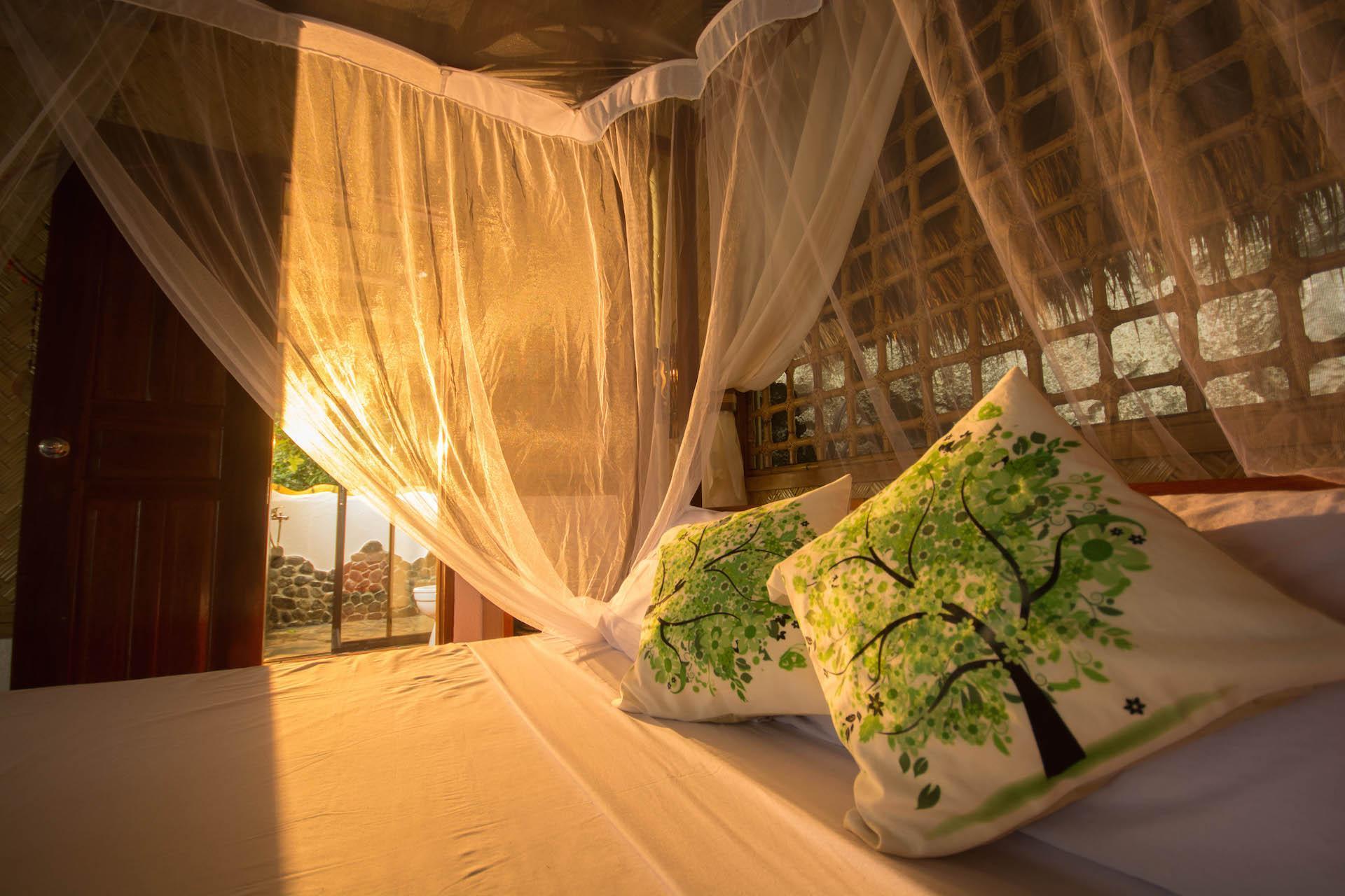 Floral Island Resort, Taytay