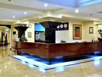 hotel bahari inn tegal