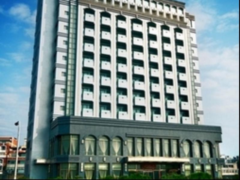 Ya Ling Hotel 雅霖大饭店