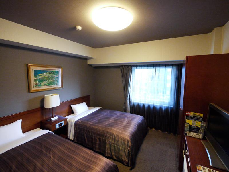 Hotel Route-Inn Koga Ekimae, Koga
