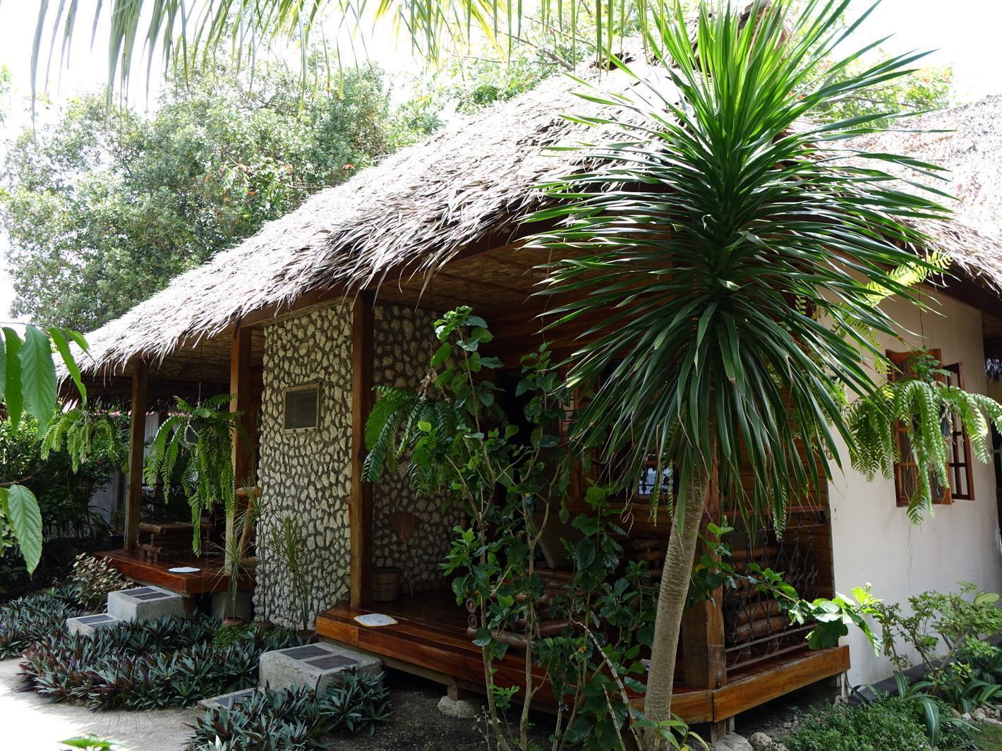 Tipolo Beach Resort, Moalboal