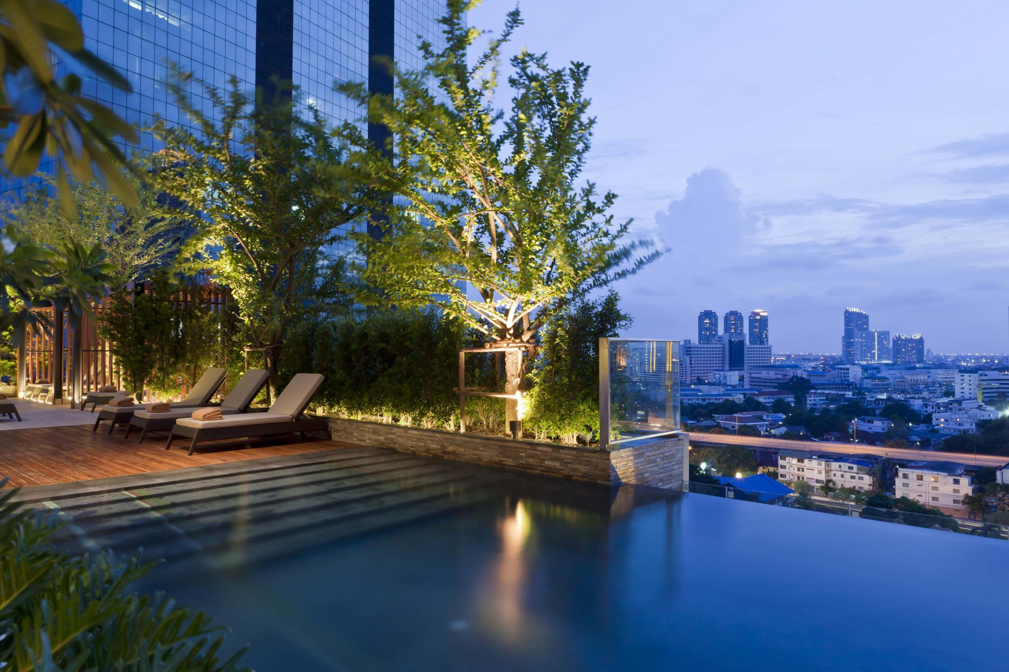 Eastin Grand Sathorn bangkok