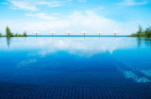 Splash Beach Resort - Phuket