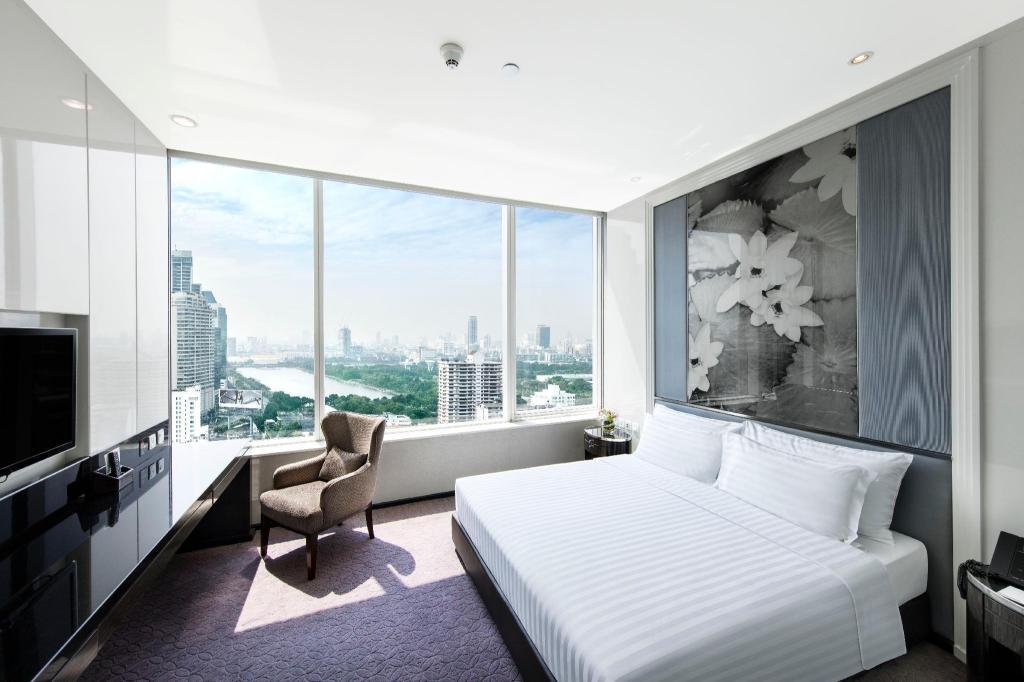 grande centre point hotel t21