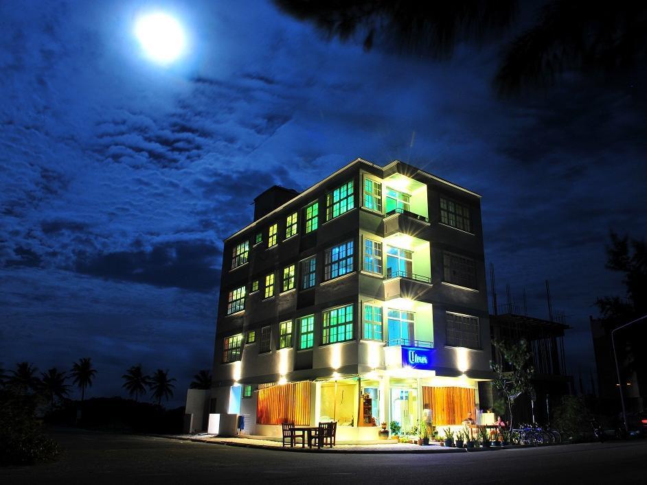 UI Inn, Malé