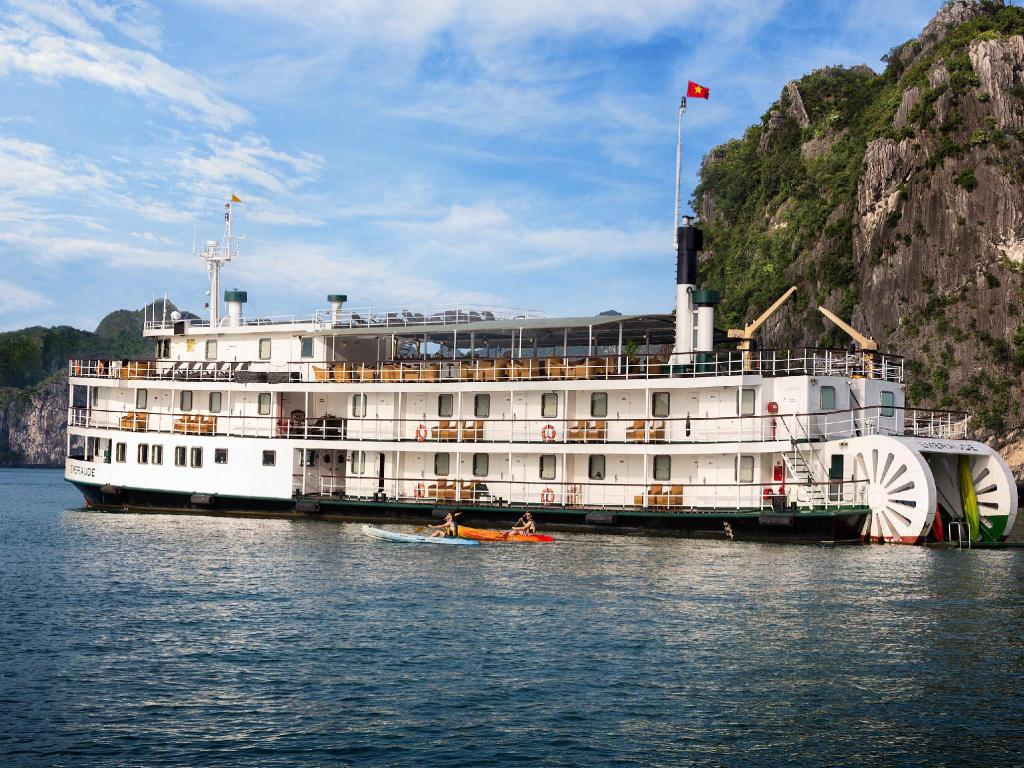 Best Price on Emeraude Classic Cruises in Halong + Reviews