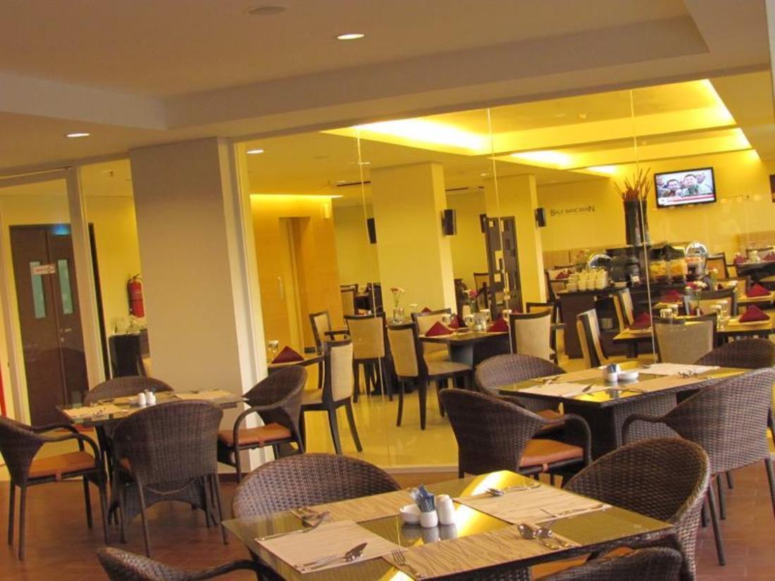 Padjadjaran Suites Hotel Bogor - room photo 4684489