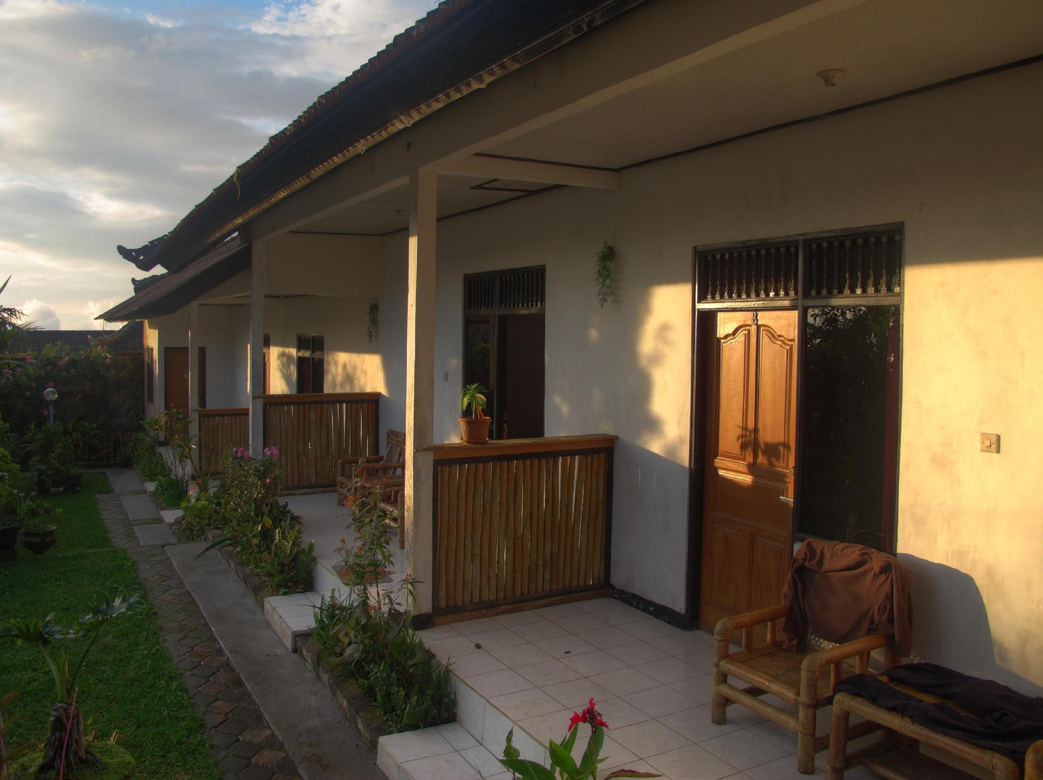 Bukit Kembar Guest House, Buleleng