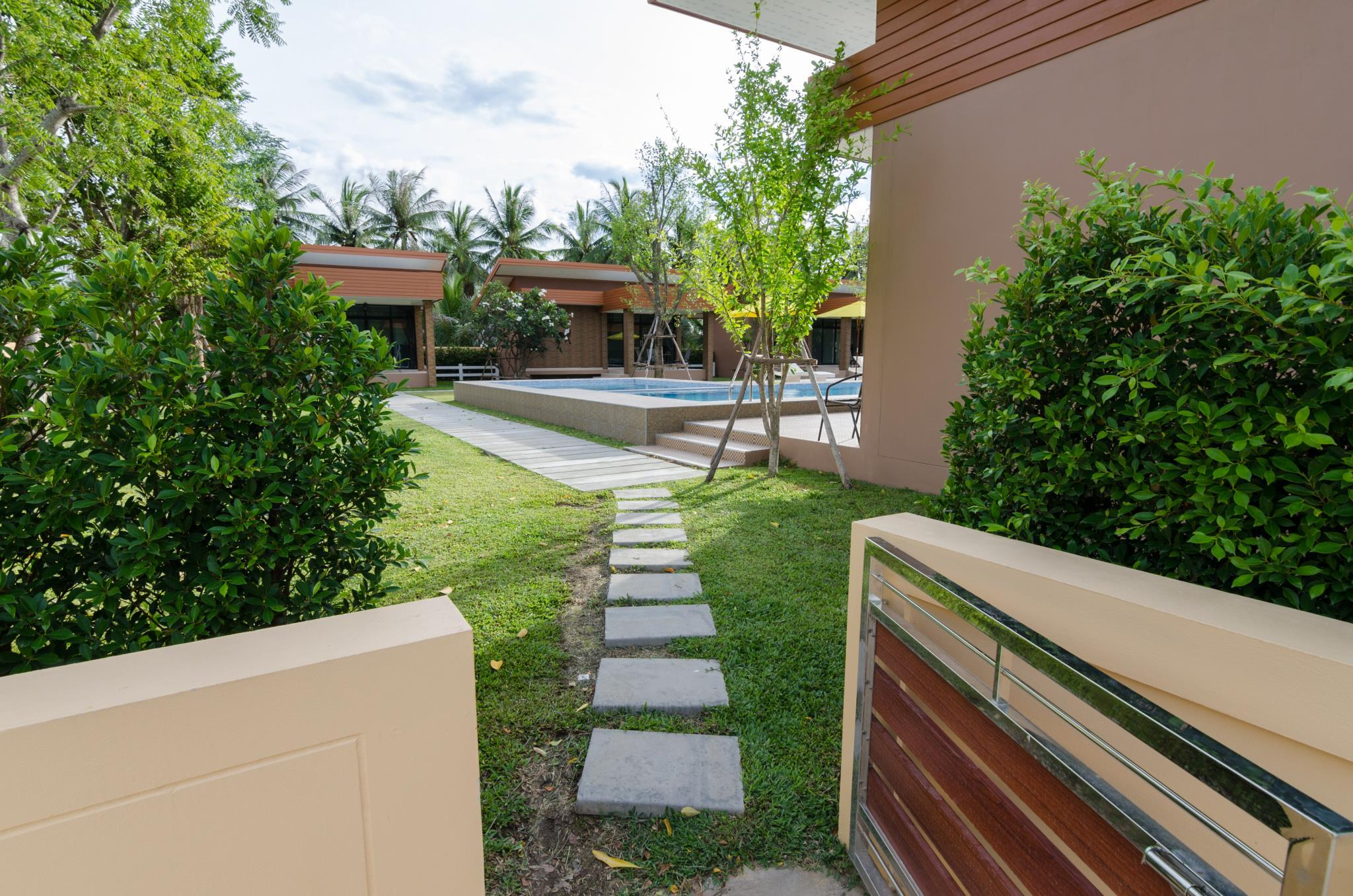 Golf Inn Resort, Muang Samut Songkhram