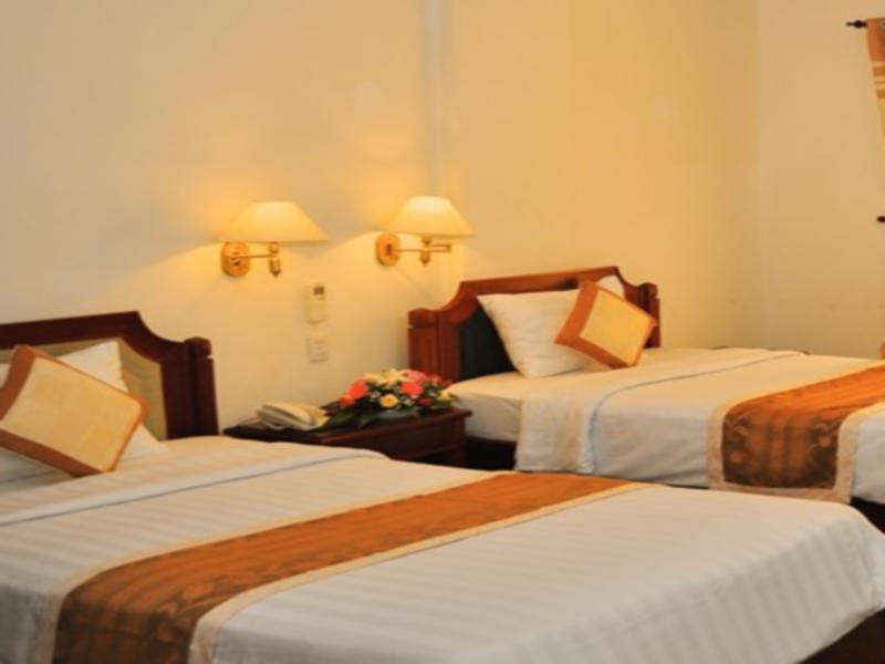 Song Tra Hotel, Quảng Ngãi