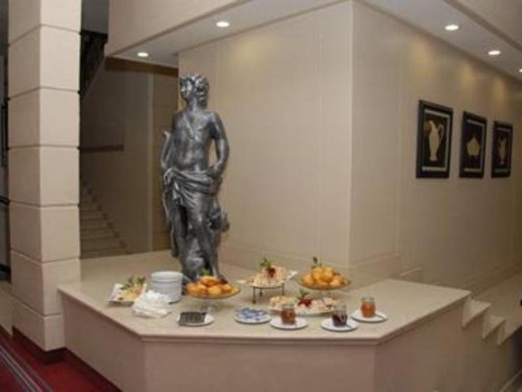 Best price on apollo hotel in johannesburg reviews for Apollo hotel prague