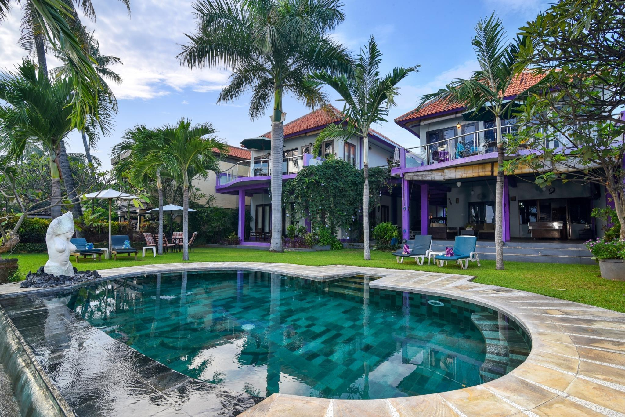 Dolphin Beach Bali Villas, Buleleng