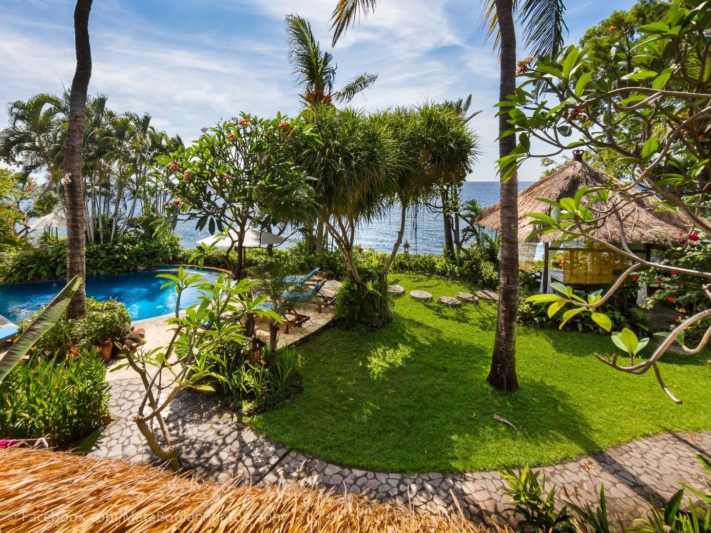 Santai Hotel,Padang Bay Beach