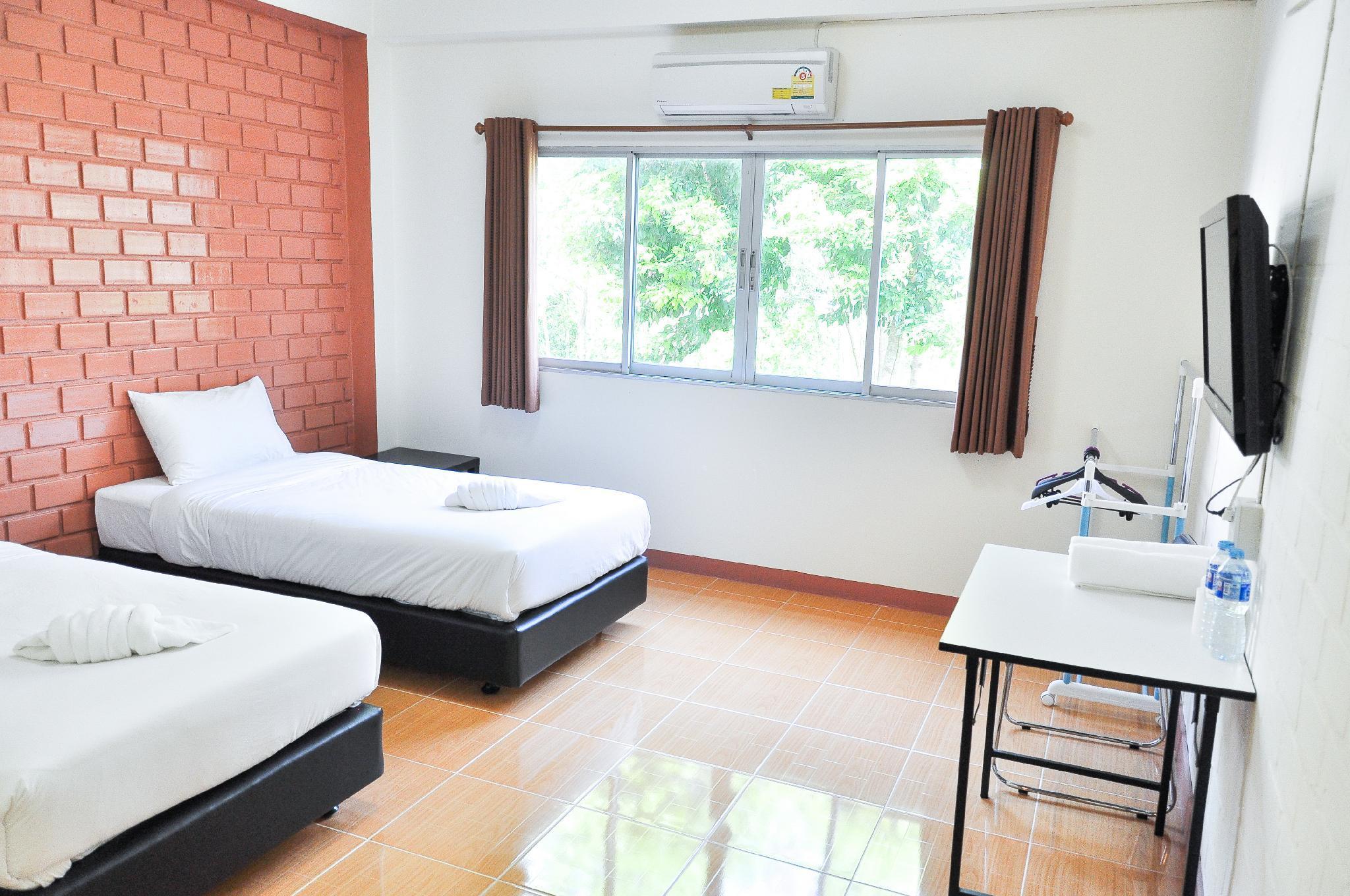 Bussarakam Place Hotel, Muang Chanthaburi