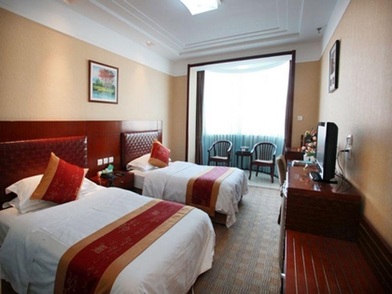 Yantai Golden Beach Hotel, Yantai