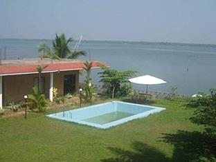 Lakesymphony Resort, Ernakulam