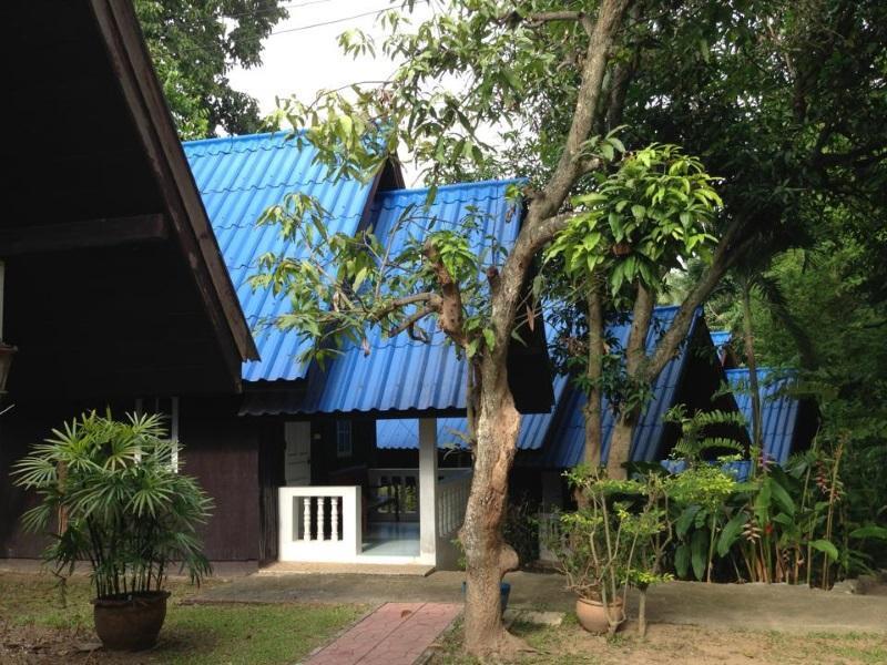 Raithantip Hotel, Muak Lek