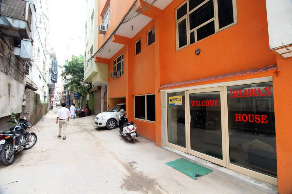 Dhawan Guest House, West