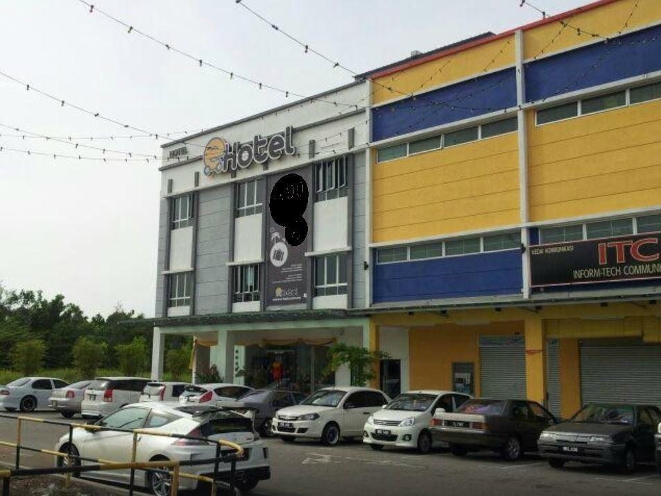 E-Hotel, Port Dickson