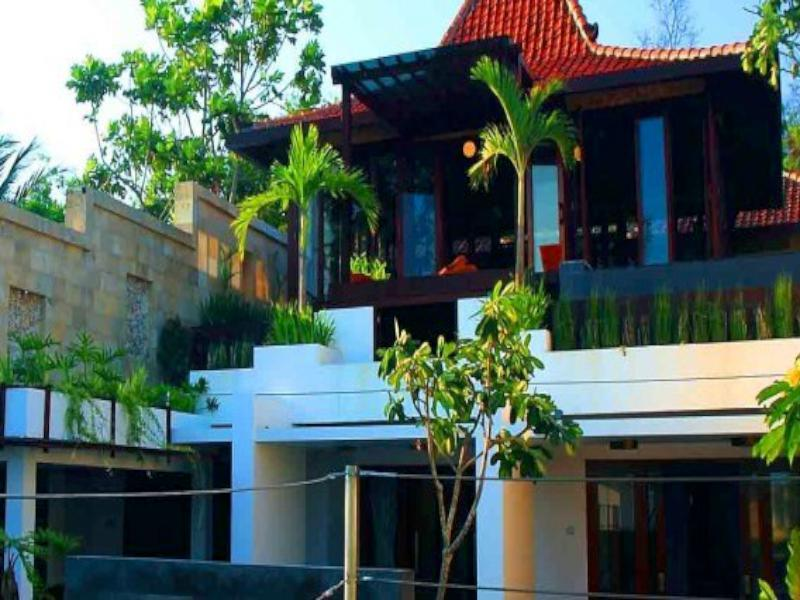 Villa Alcheringa, Bantul