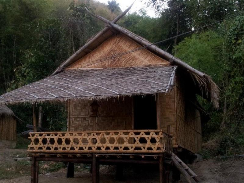Lom Rak Resort, Suan Phung