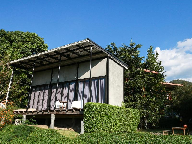 Pai Talay Guest House