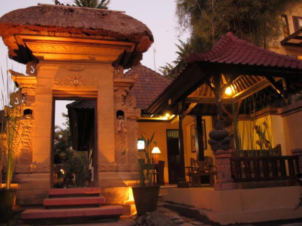 More About Puri Ulun Carik Bungalows