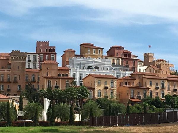 Castello Khaoyai Spacious Vacation Home +BBQ Space Pong Ta Long
