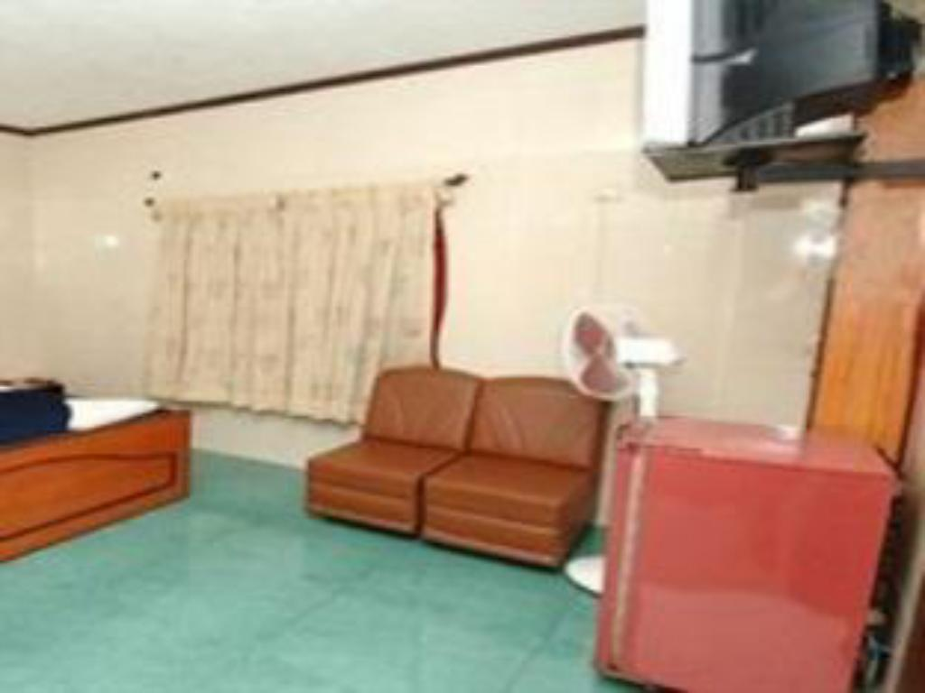 Best Price on Crystal Residency in Chennai + Reviews!