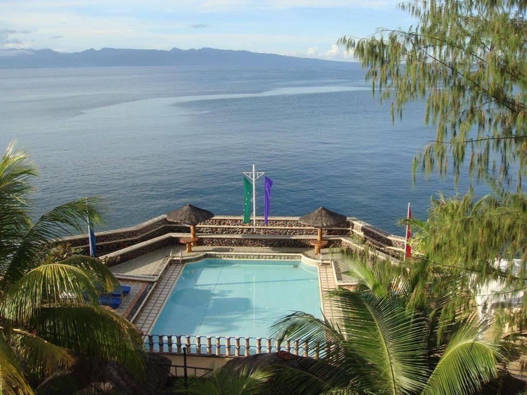 Villa Acosta Resort Room Rates