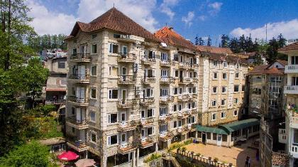 Khách sạn Sapa Summit cũ