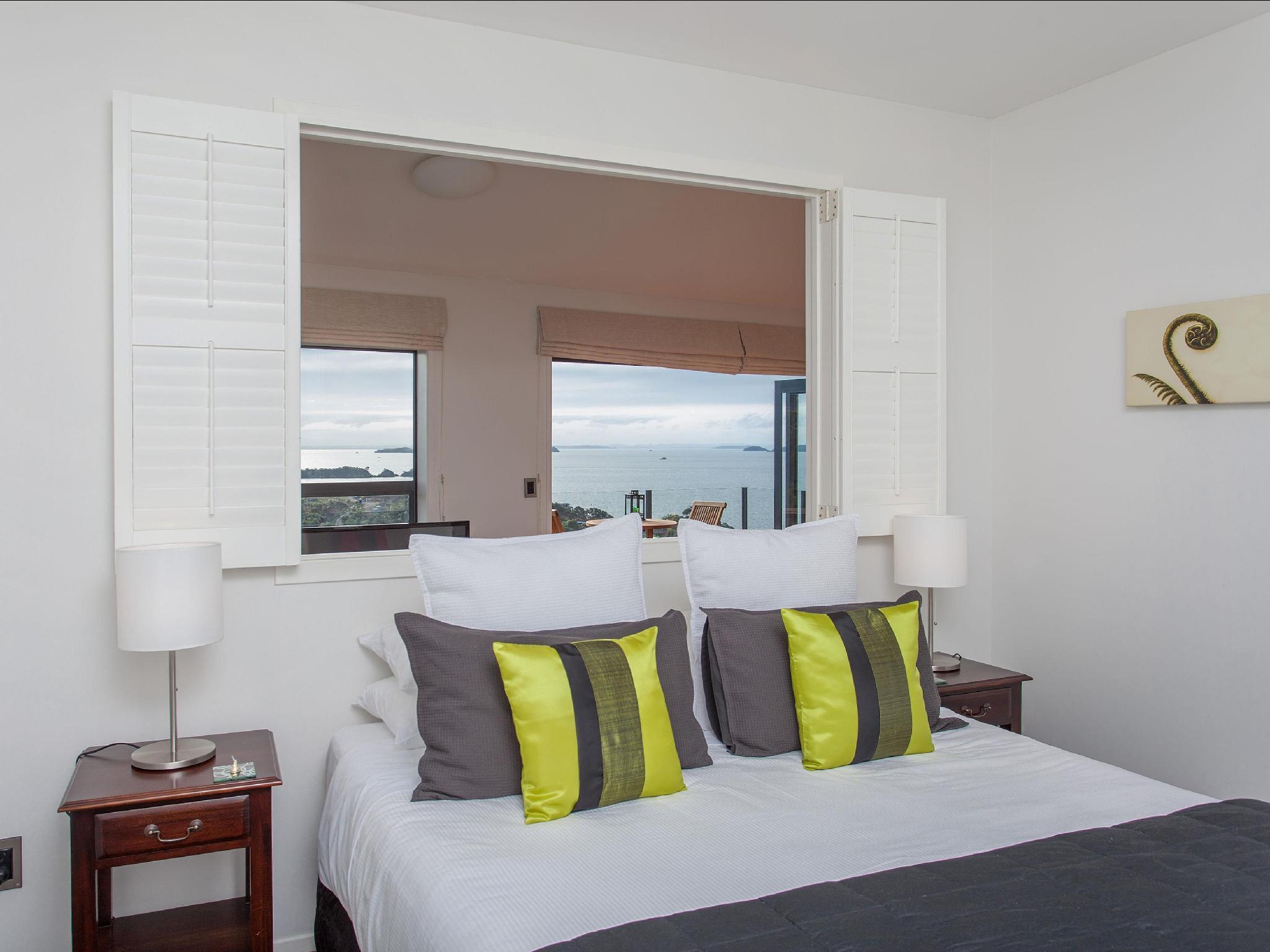 Enclosure Bay Small Hotel, Auckland