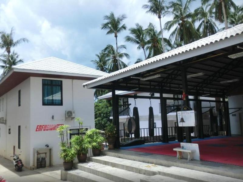 Superpro Samui Resort