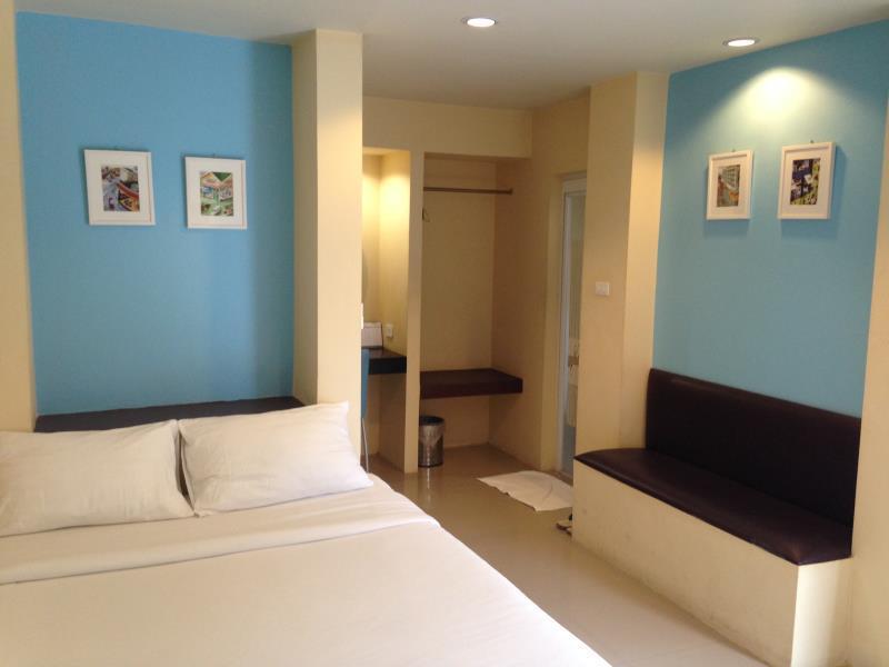 c2 residence hotel