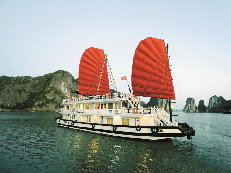 Imperial Classic Cruise Hạ Long